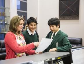 Teacher gives students guidance